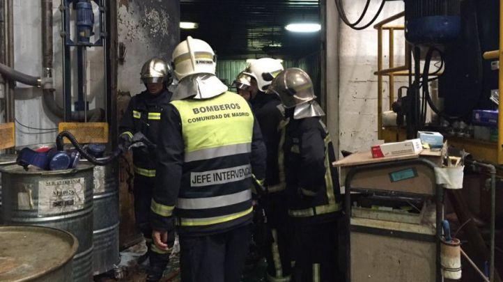 Tres heridos y 60 desalojados en un incendio en Parla