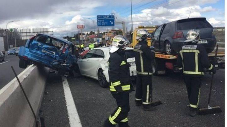 Accidente en cadena en Pinto.