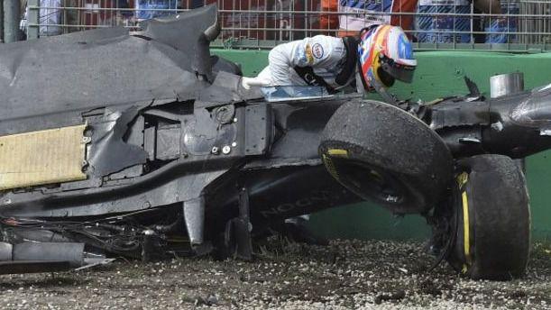 La victoria de Rosberg pasa a un segundo plano tras el brutal accidente de Alonso