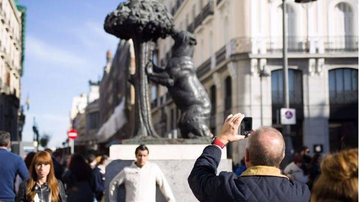 Madrid no implantará la tasa turística ni la moratoria hotelera