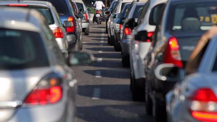 Operación salida: atascos en varias carreteras madrileñas