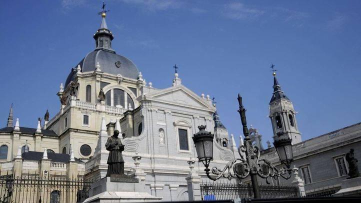 La vigilia pascual y la Soledad, actos centrales del Sábado Santo