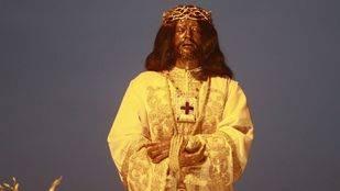 El cristo de Medinaceli se viste de blanco