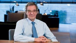 Alierta cede la presidencia de Telefónica a Álvarez-Pallete