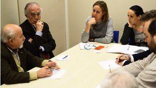 Reunión entre plataforma a favor de DCN y el PSOE