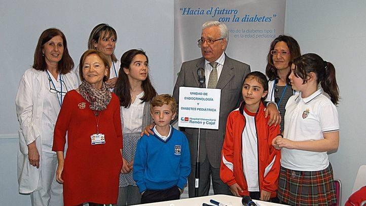 El Hospital Ramón y Cajal trata a 400 menores diabéticos al año