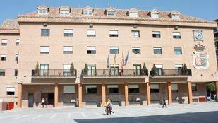 Móstoles devolverá a los trabajadores municipales el 50% de la paga extra de 2012