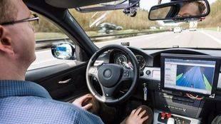 Renault, apoyo total al vehiculo autónomo