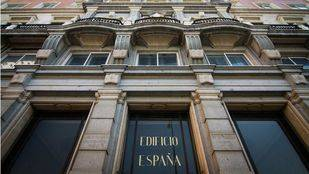 Wanda acepta la propuesta de Carmena para el edificio España
