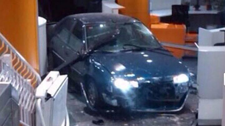 El hombre que empotró su coche en la sede del PP pide disculpas