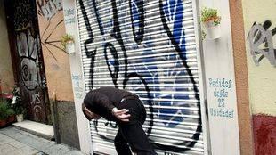 La Policía identifica al líder de la banda que destrozó los grafitis de Malasaña