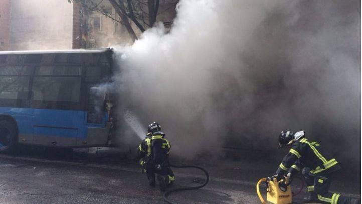 La EMT cambia el motor de un centenar de autobuses para prevenir que se incendien
