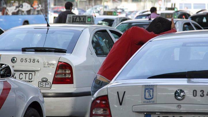 Los taxistas avisan de que, sin su trabajo, Madrid perdería 187 millones al año
