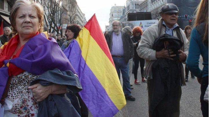 Manifestación por la III República el día 14 de abril en conmemoración de la proclamación de la II República española. (Archivo)