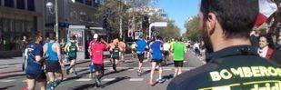 Bomberos de Madrid vigilan el desarrollo de la maratón