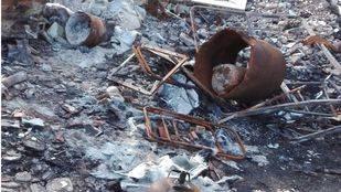 'Brota' un vertedero ilegal en la frontera entre Vicálvaro y San Fernando de Henares