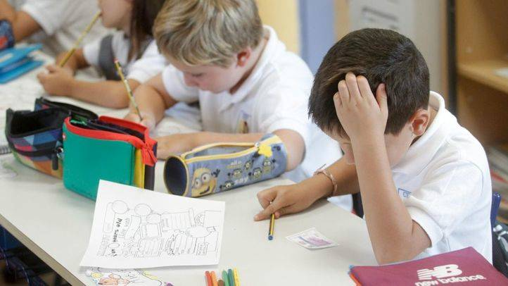 Ciudadanos quiere que la Asamblea regule el tiempo dedicado a los deberes escolares