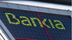 Bankia devuelve 1.200 millones a más de 190.000 accionistas por su salida a Bolsa