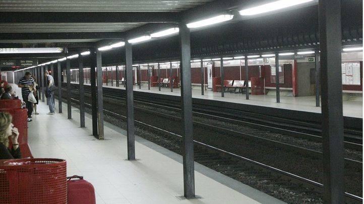 andén de la estación de Cercanías de Recoletos