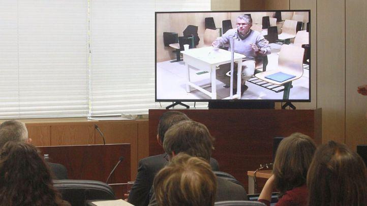 Granados vuelve a comparecer por videoconferencia en la comisión sobre corrupción