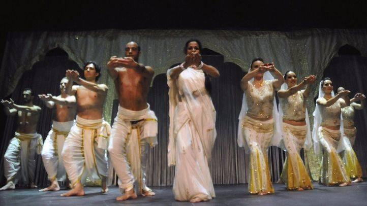 Bollywood cabaret. (Archivo)