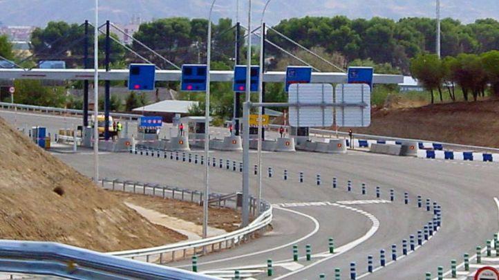 Peaje Alcala de Henares autopista radial 2. (Archivo)