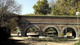 El Ayuntamiento mejora el parque de los Pinos y el de Carlos Paris de Tetuán