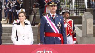 Los reyes presiden el homenaje de las Fuerzas Armadas