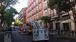 Un incendio destruye una vivienda en la calle de Apodaca