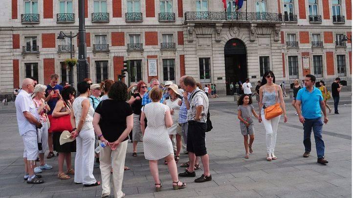 Turistas en Sol