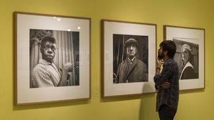 """La Fundación Canal y PhotoEspaña presentan """"Vivian Maier, Street Photographer""""."""