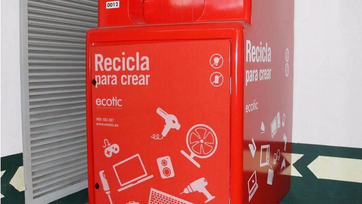 El Corte Inglés lanza un plan de sensibilización medioambiental con contenedores de reciclaje
