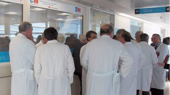 AMYTS y AFEM convocan concentraciones en los centros sanitarios por un
