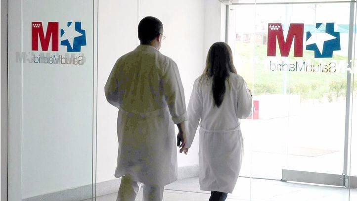 Sanidad afirma que solo el 1,3% de los médicos del SERMAS han secundado las concentraciones convocadas por AMYTS y AFEM