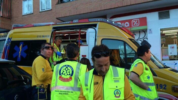 Un atraco en un súper de San Blas acaba con dos heridos