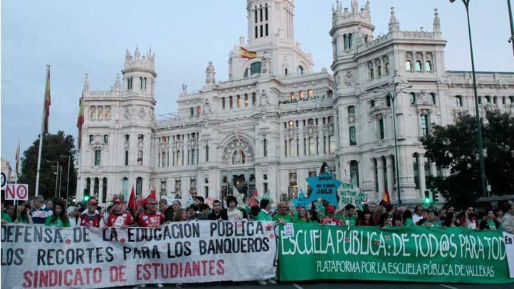 Madrid recortó 447 millones en Educación en la crisis, según CCOO