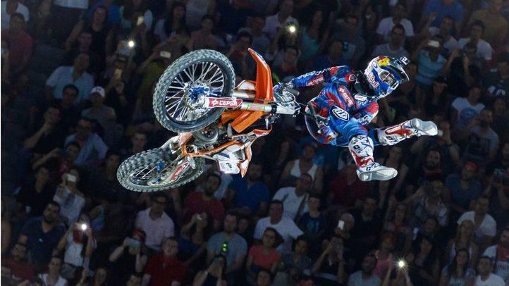 El X-Fighters llega a Las Ventas; de Madrid al cielo� pero en moto