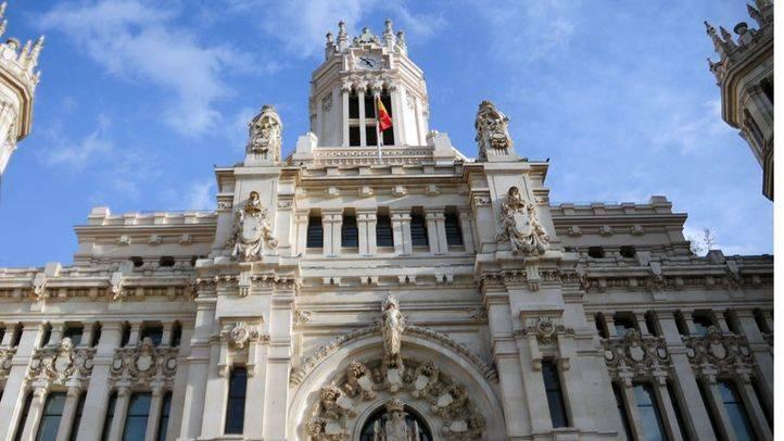 Ayuntamiento Cibeles y Centrocentro (archivo)