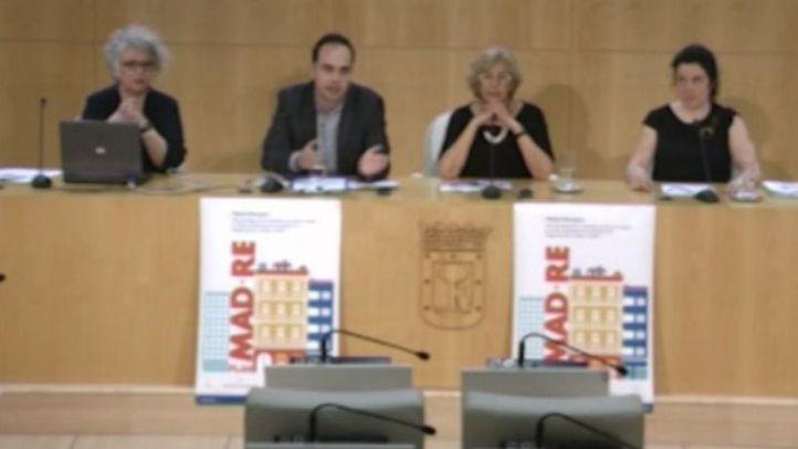 La Junta Electoral abre expediente a Carmena y reitera el veto al blog de Cifuentes