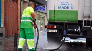 El centro y los distritos del sur tendrán refuerzos de limpieza durante el verano