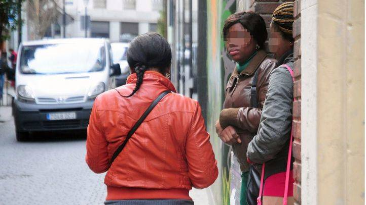 Prostitutas en calle Ballesta (Archivo)