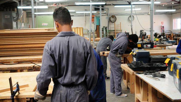 UFIL, estudiantes de carpinteria