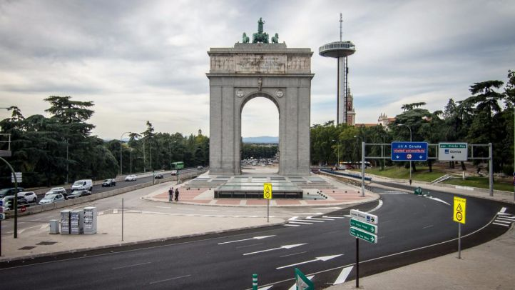 El Arco de la Victoria se iluminará con los colores del arcoíris