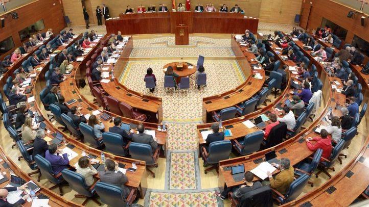 PSOE, Podemos y Ciudadanos piden subir la Renta Mínima de Inserción a 426 euros