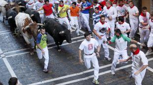 Dos madrileños, heridos tras el quinto encierro de San Fermín