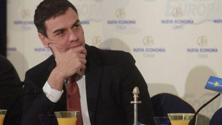 Pedro Sánchez insiste a Rajoy, con cordialidad, en que