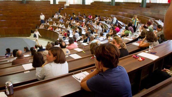 La Plataforma por la Escuela Pública pide 3.000 plazas para docentes
