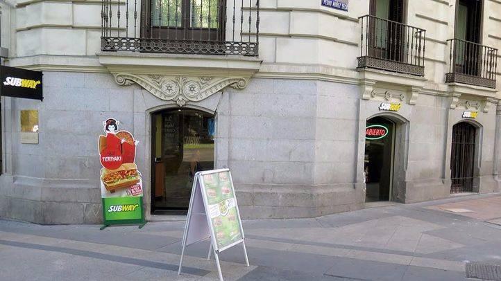Nuevo establecimiento Subway junto a la Puerta de Alcalá.