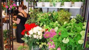 La capital regulará que los floristas saquen sus plantas a la calle