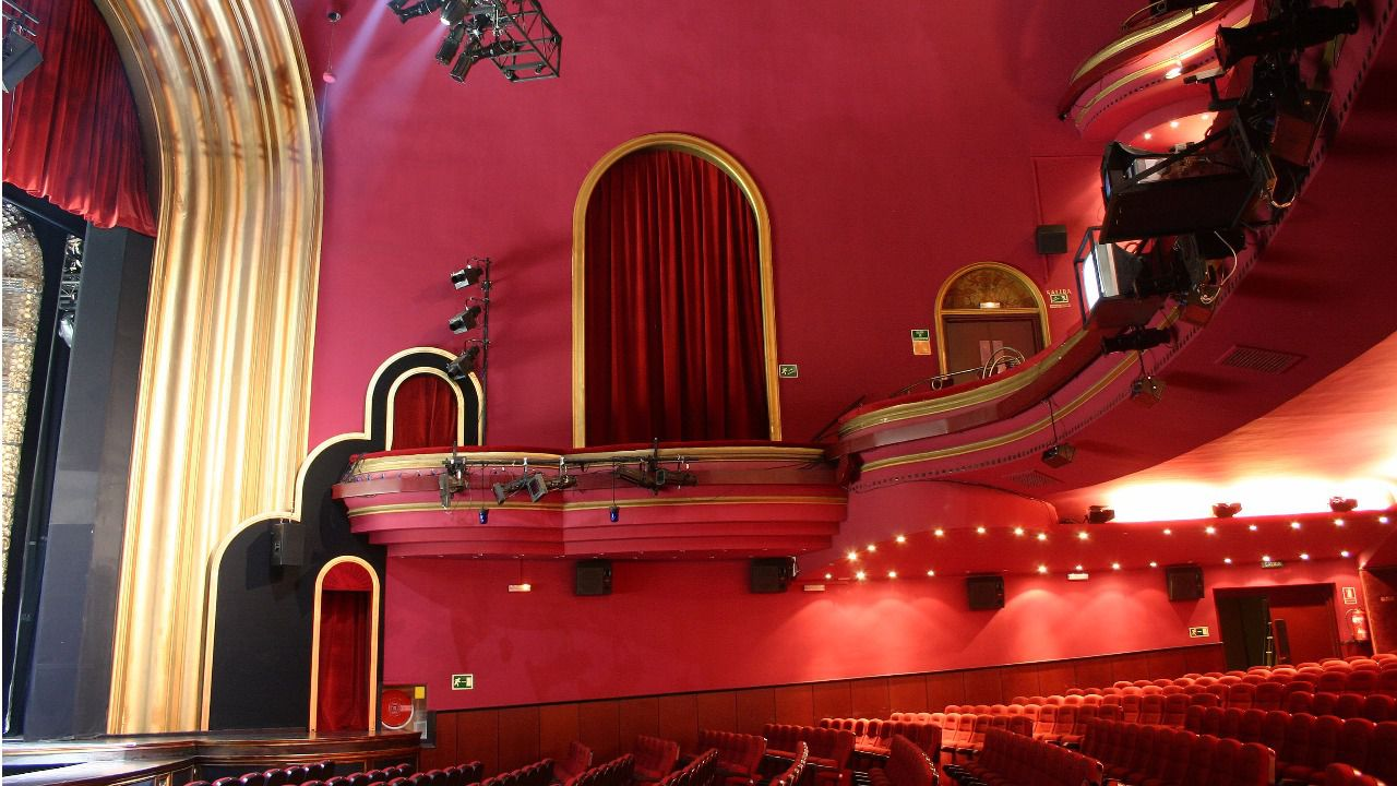 Se han vendido ya los teatros lope de vega y coliseum madridiario - Teatro coliseum madrid interior ...